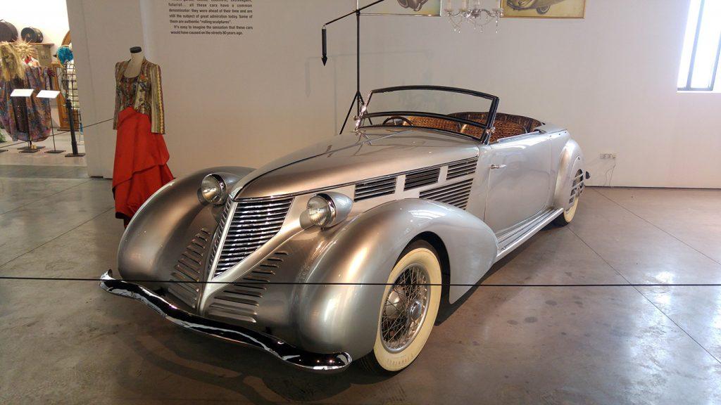 muzeul-automobilistic-din-malaga-10