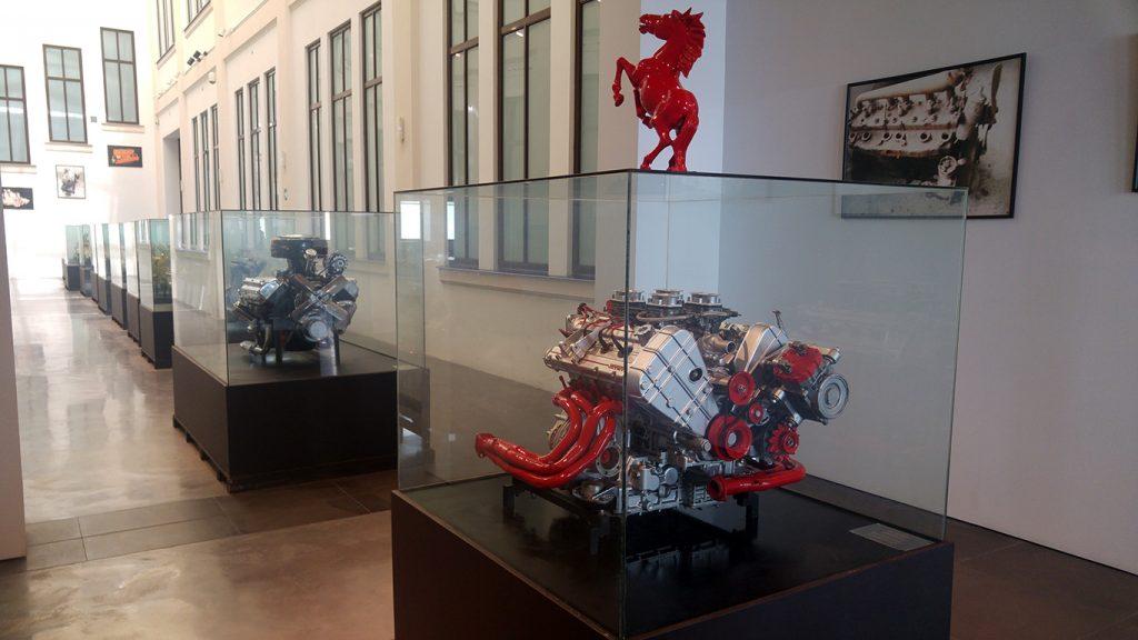 muzeul-automobilistic-din-malaga-11