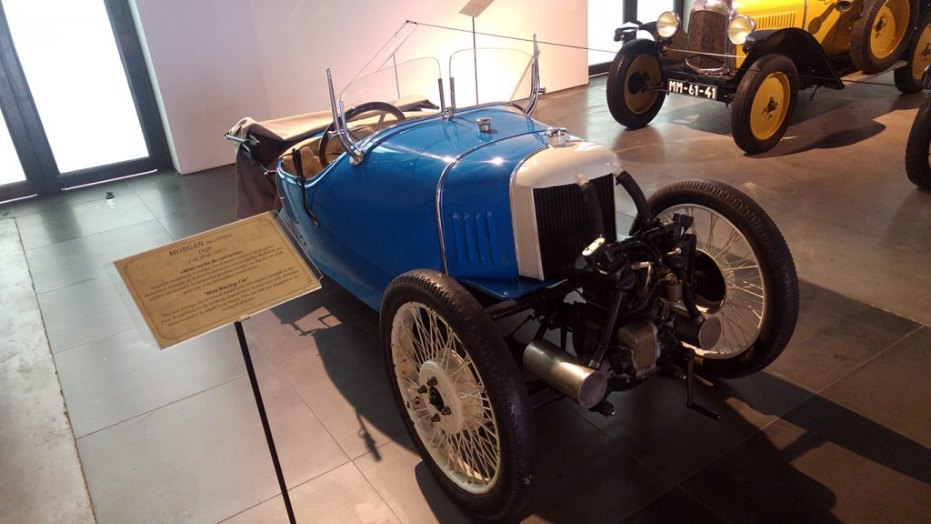 muzeul-automobilistic-din-malaga-4