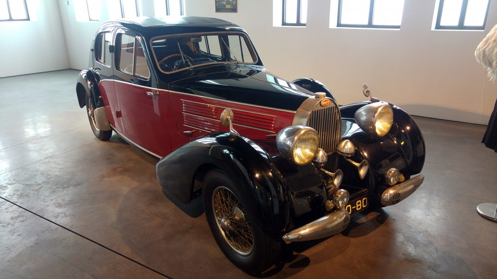 muzeul-automobilistic-din-malaga-5